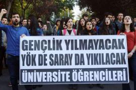 Turkish university students demonstrating against the government in Ankara on Nov 6, 2015