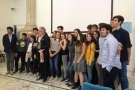 pictures of the students of the Cavour High School of Rome