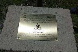 The plaque dedicated to Gino Bartali