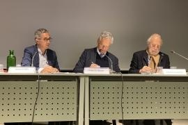 Jacques Fredj, Roberto Jarach and Giorgio Sacerdoti sign the agreement
