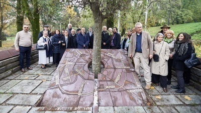 International visit to the Garden of the Righteous of Milan
