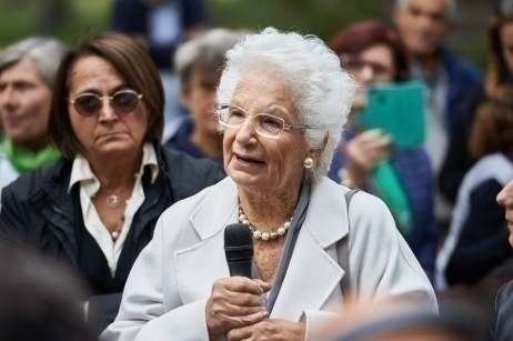 A young and rebellious 90-year-old girl