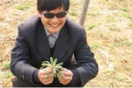 Chinese dissident Chen Guangcheng beaten up