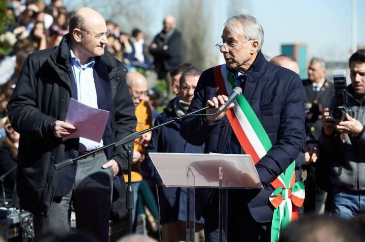 Gabriele Nissim and Milan's Mayor Giuliano Pisapia