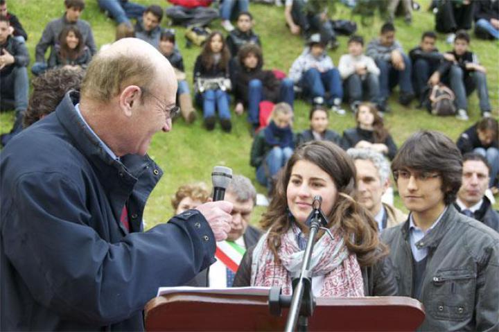 Liceo Volta Highschool students Michela Morenzetti and Antonio Meomartino