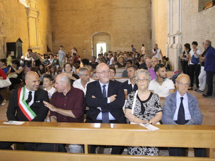 The mayor Lucciarini, Beniamino Ventura and relatives of the family Talamonti