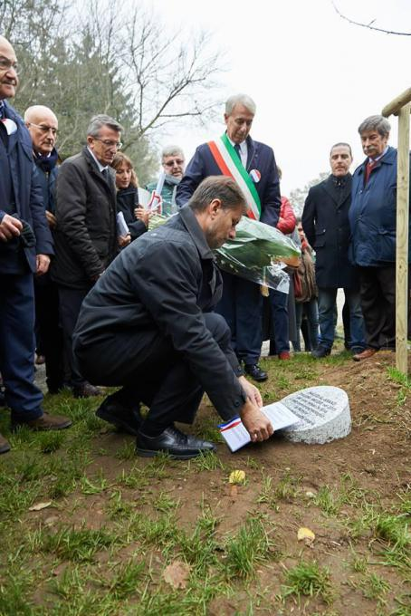 H.E. Olivier Brochet unveils stone dedicated to Khaled al-Asaad