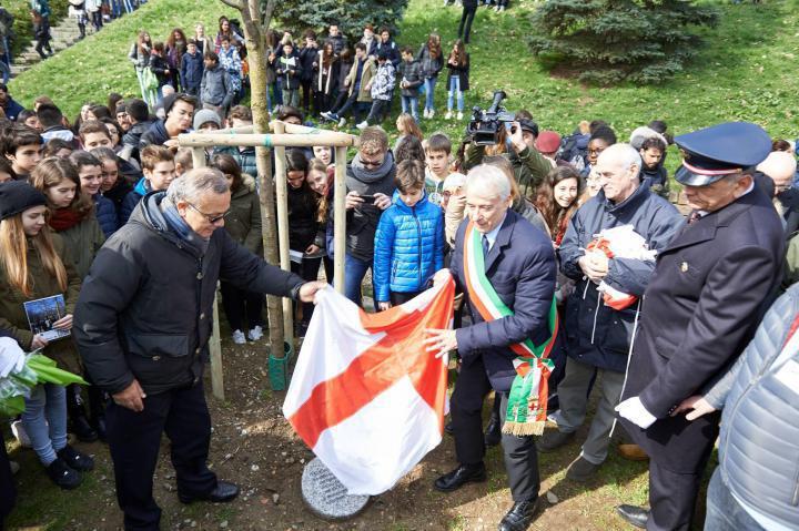 Unveiling the stone for Felicia Impastato