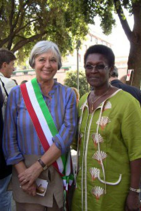 The Mayor Marta Vincenzi and Yolande Mukagasana