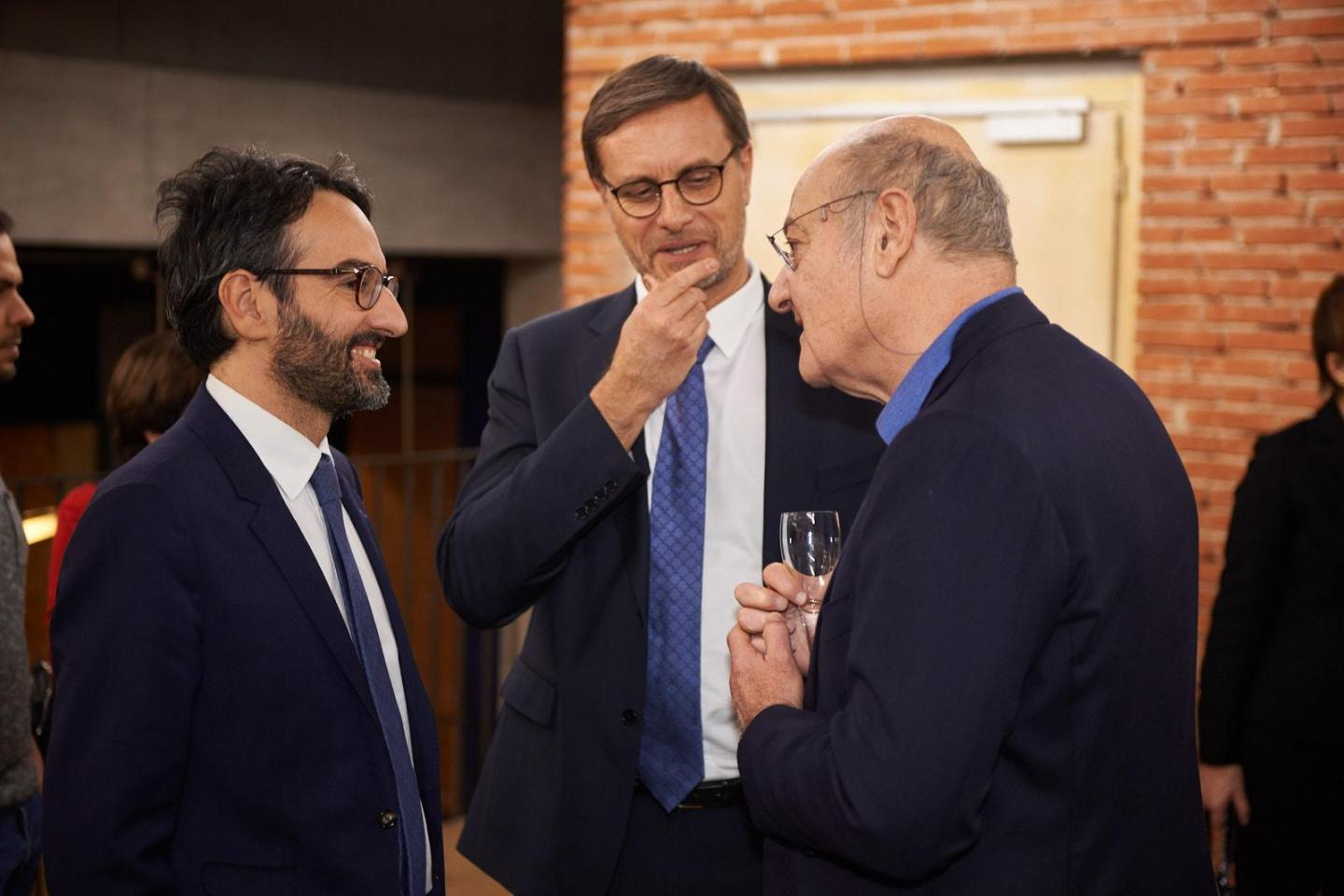 From left, the chairman of the City Council of Milan Lamberto Bertolè, the Consul General of France in Milan Olivier Brochet and the president of Gariwo Gabriele Nissim