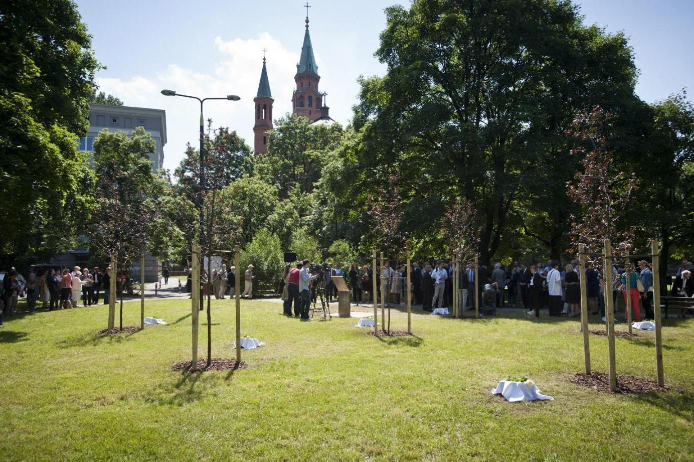 2014 - Birth of the Garden of the Righteous of Warsaw