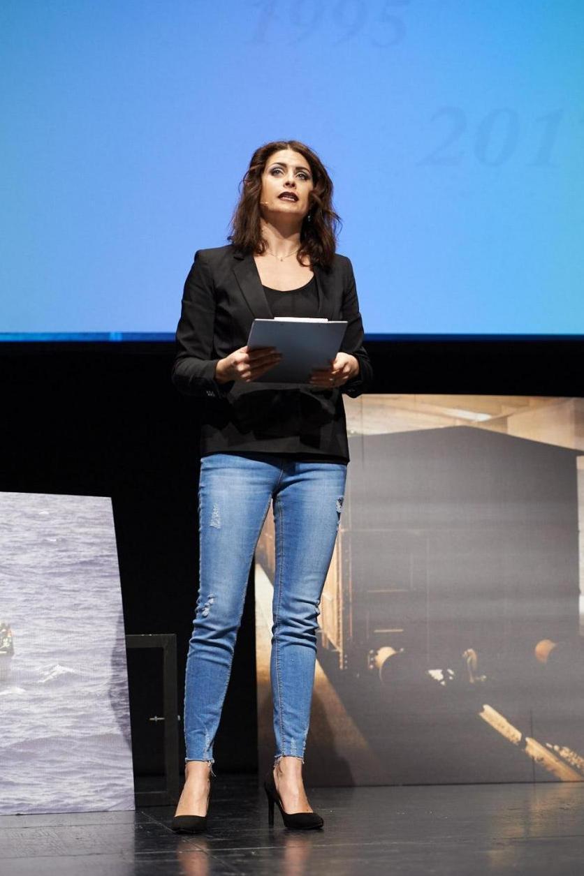 Alice Farella, presenter
