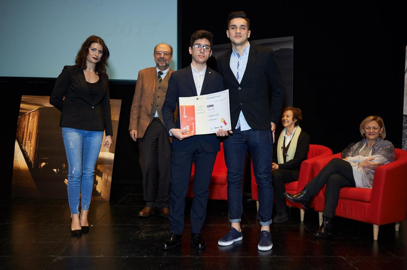 3rs prize ex aequo, 3A e 4B school B.Cellini from Valenza (AL)