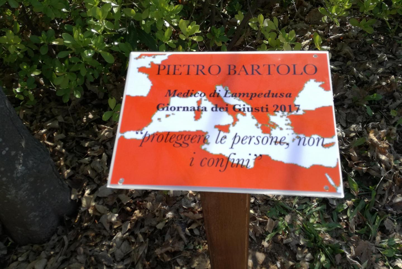 The plaque in honour of Pietro Bartolo