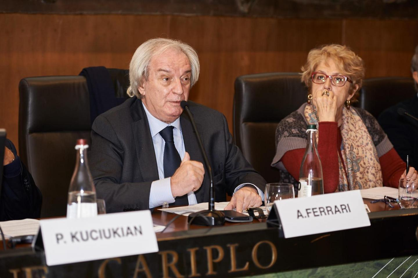 Antonio Ferrari, editorialist of Corriere della Sera, moderate the session