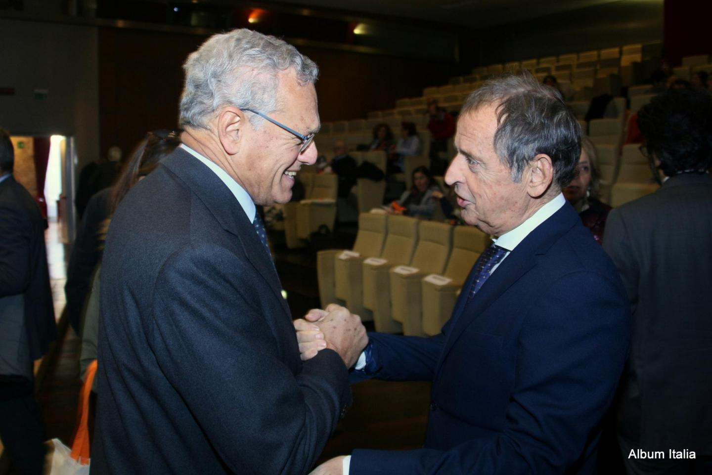 Roberto Jarach, vicepresident of the Shoah Memorial Foundation with Gustavo Adolfo Cioppa