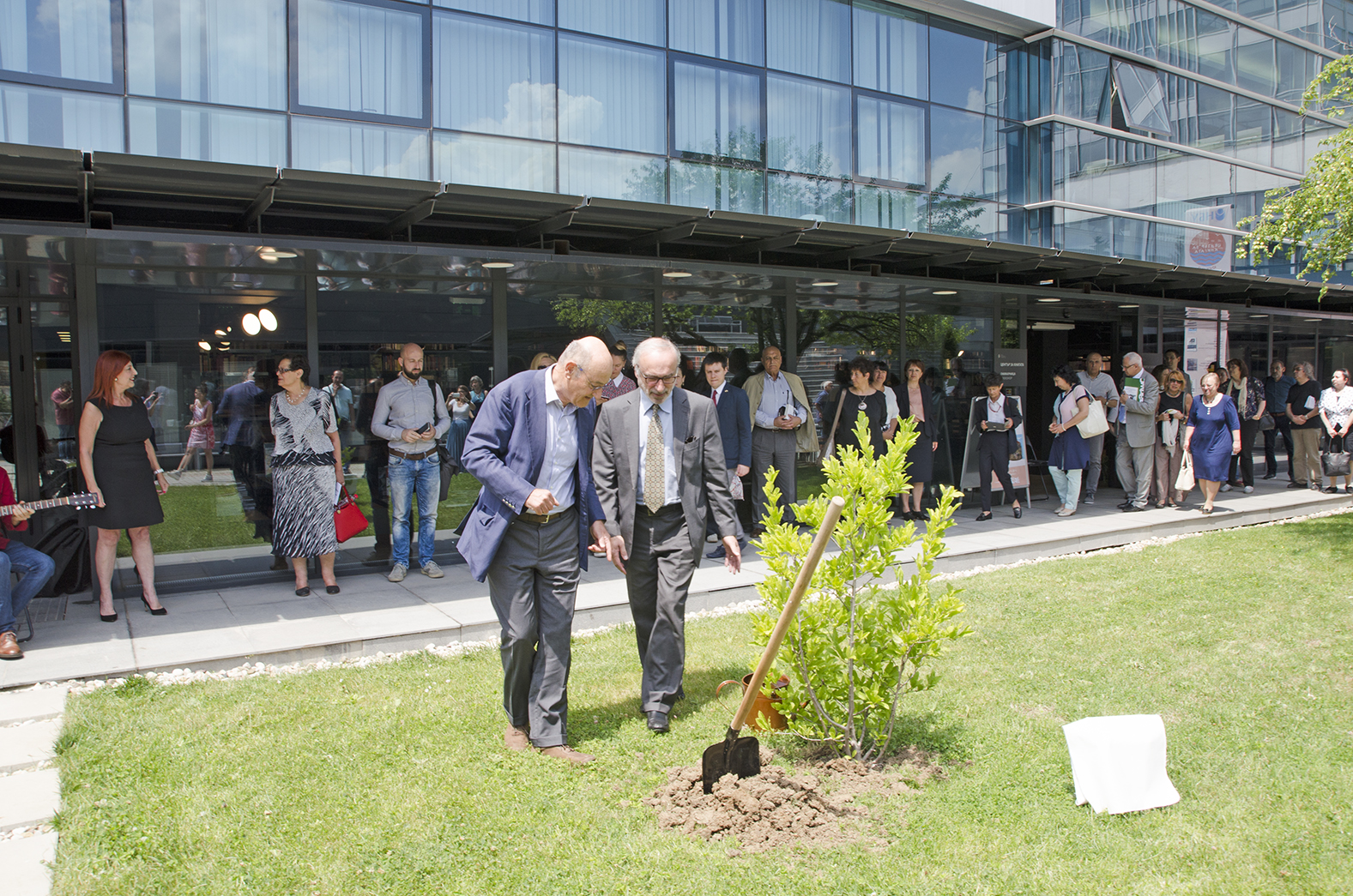 The planting of the magnolia tree in honor of Dimitar Peshev