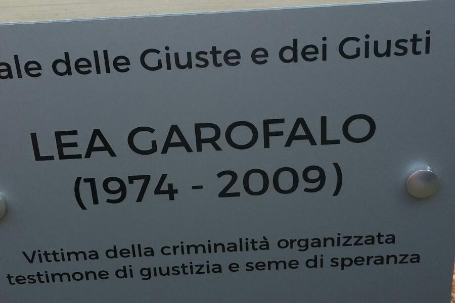 A plaque for Lea Garofalo