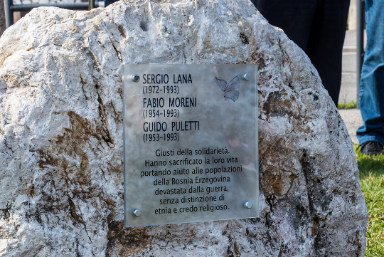A plaque in Calvisano for Sergio Lana, Fabio Moreni, Guido Puletti