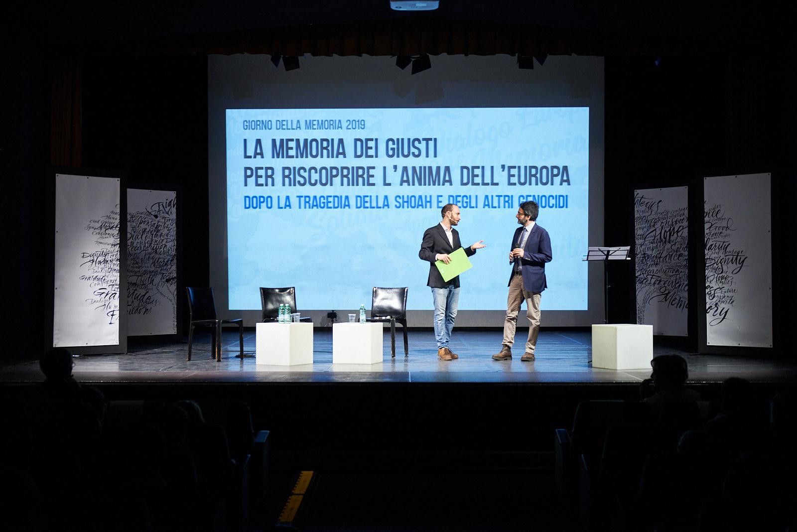 the presenter Enrico Pittaluga and Lamberto Bertolé, president of the City Council of Milan