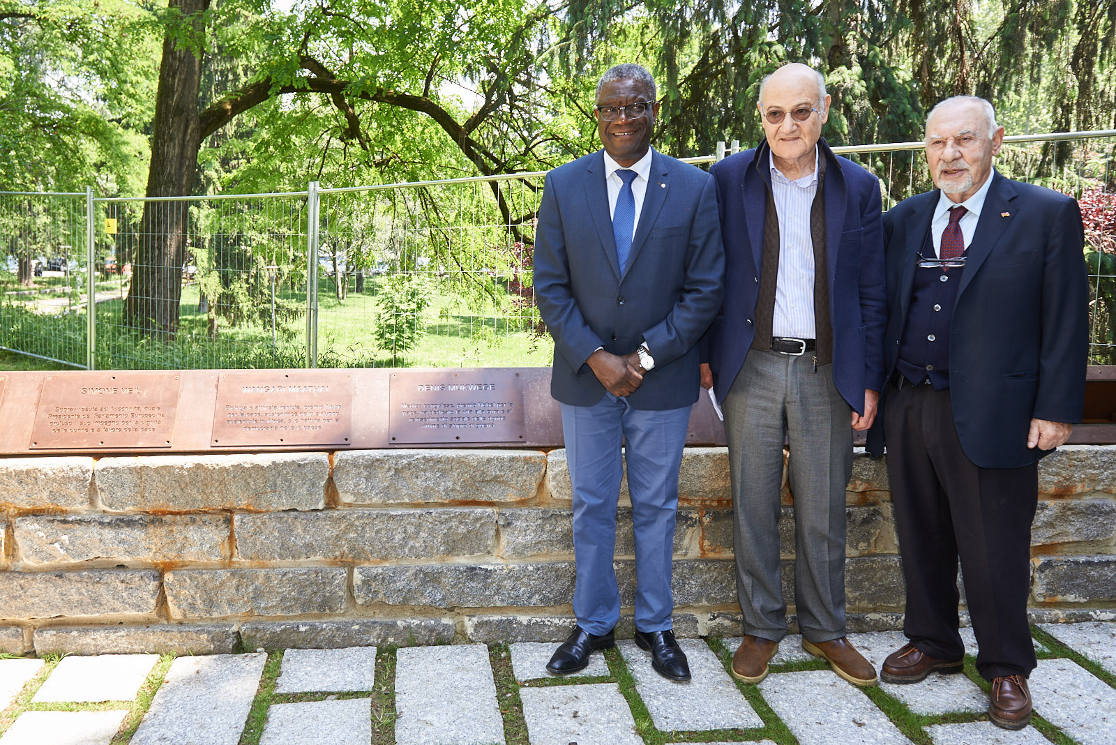 Il Dr. Mukwege with Gabriele Nissim, Gariwo Chairman, and Pietro Kuciukian, Honorary Consul of Armenia in Italy and co-founder of Gariwo