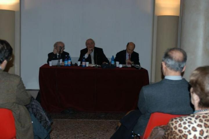 The head rabbi of Milano, Giuseppe Laras, presents the speakers Lucien Lazare and Gabriele Nissim
