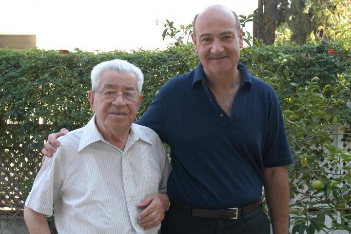 "Moshe Bejski with Gabriele Nissim author of the book ""The Tribunal of Good"""