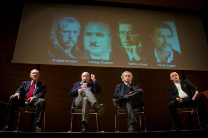 From the left: Pietro Kuciukian, honorary consuk of Armenia, Gabriele Nissim, president of Gariwo, Antonio Ferrari, editor of Corriere della Sera, Francesco Di Maggio, artistic director Ser Tea Zei