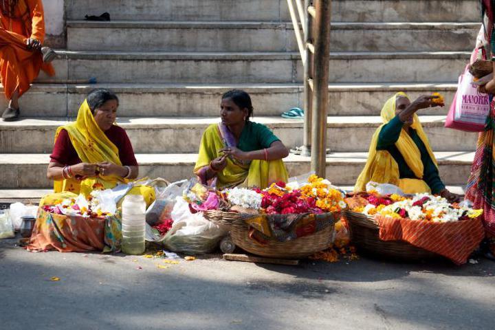 Indian women selling flowers