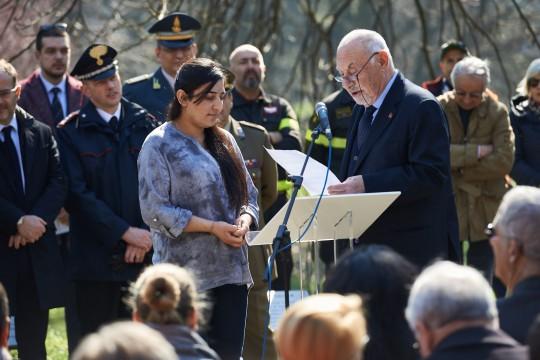 The Armenian Consul and Co-founder of Gariwo Pietro Kuciukian presents Farida Abbas