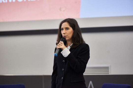 Martina Landi, head of the Gariwo editorial staff and moderator